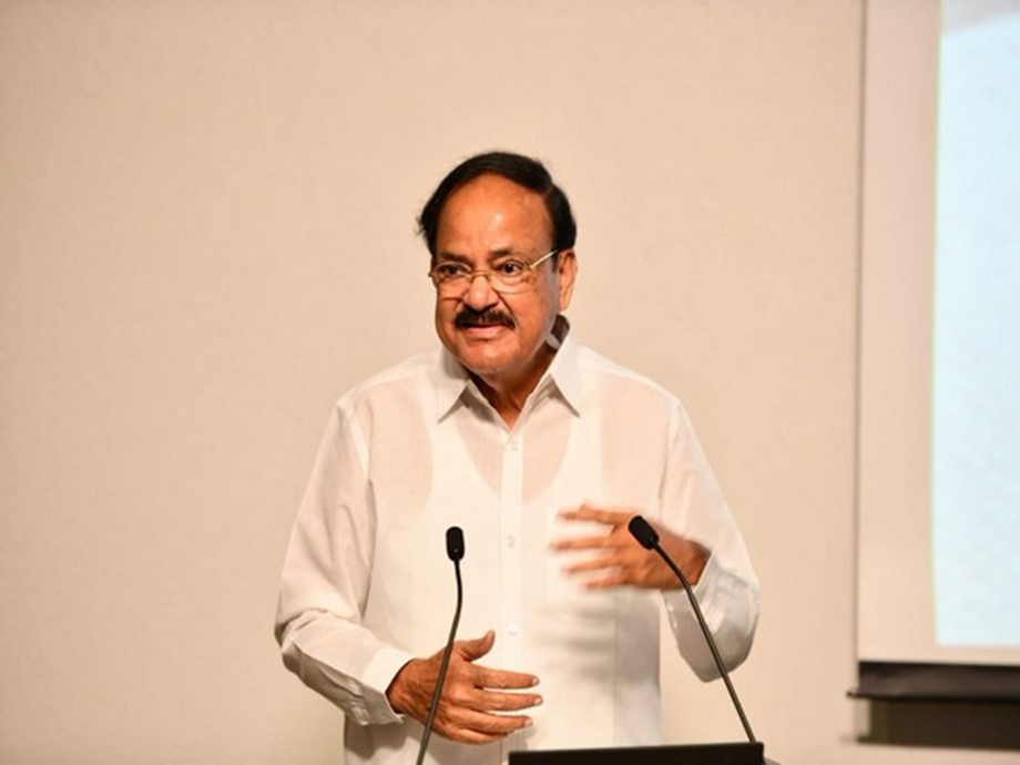 VP Venkaiah Naidu urges Parliamentarians, media to take part in addressing social challenges