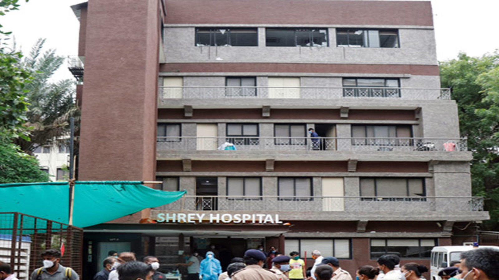 Eight Covid patients dead as fire breaks out at hospital in Ahmedabad