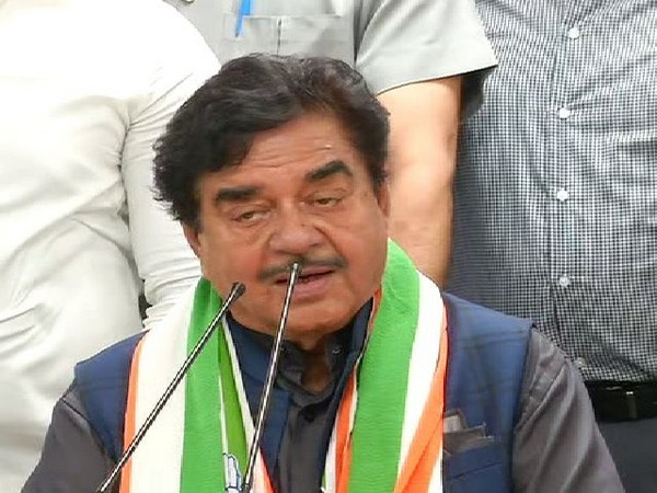 Demonetisation, GST by 'two-men army' hit country's economy hard: Shatrughan Sinha