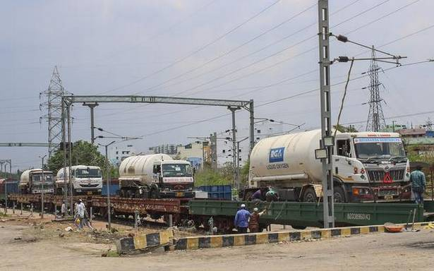 Indian Railways delivered 2,960 MT of liquid oxygen to states through Oxygen Express trains