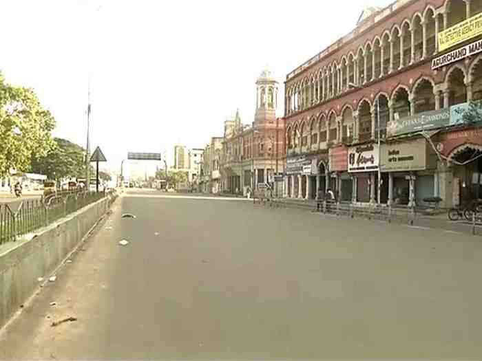 Chennai comes to grinding halt after Jayalalithaa