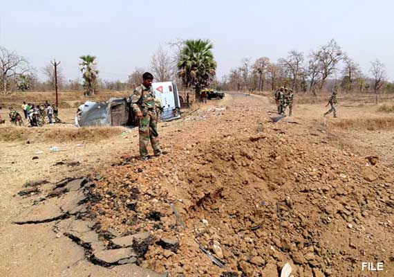 Seven policemen killed in landmine blast in Jharkhand