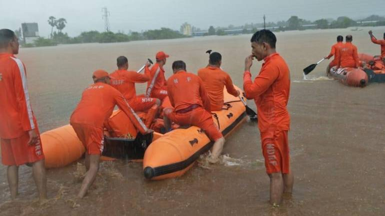 Mahalaxmi Express stuck in Thane with 700 passengers after heavy rains, NDRF called in