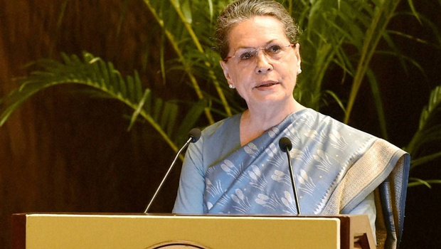 Sonia defends Chidambaram in Ishrat Jahan case