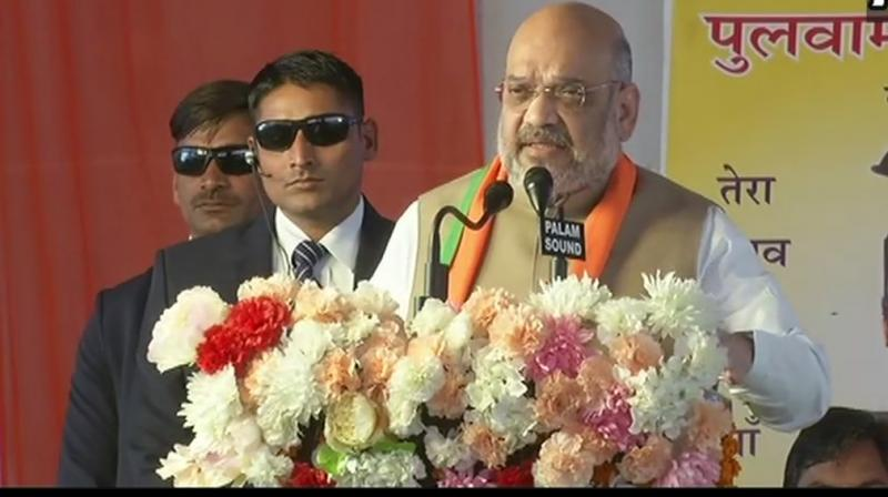 Amit Shah attacks Rahul Gandhi for