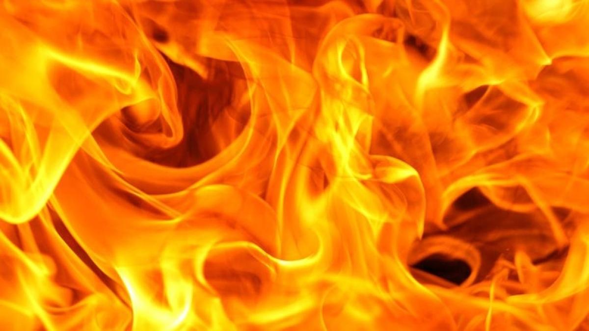 firebreaksoutinslumareainwestdelhi