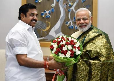 Tamil Nadu CM invites Modi to unveil Jayalalithaa