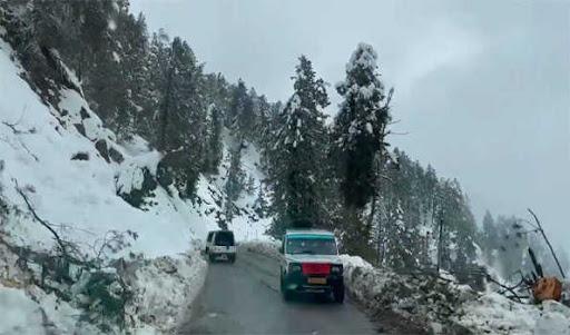 Kashmir upper reaches receive fresh snowfall