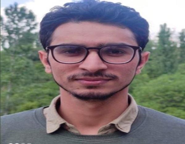 J&K:Tanveer Ahmad Khan secures second rank in IES exam