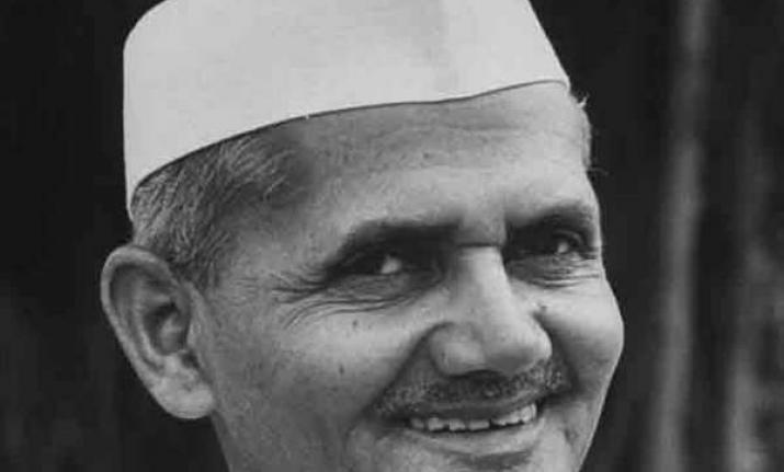 Modi pay tributes to Lal Bahadur Shastri