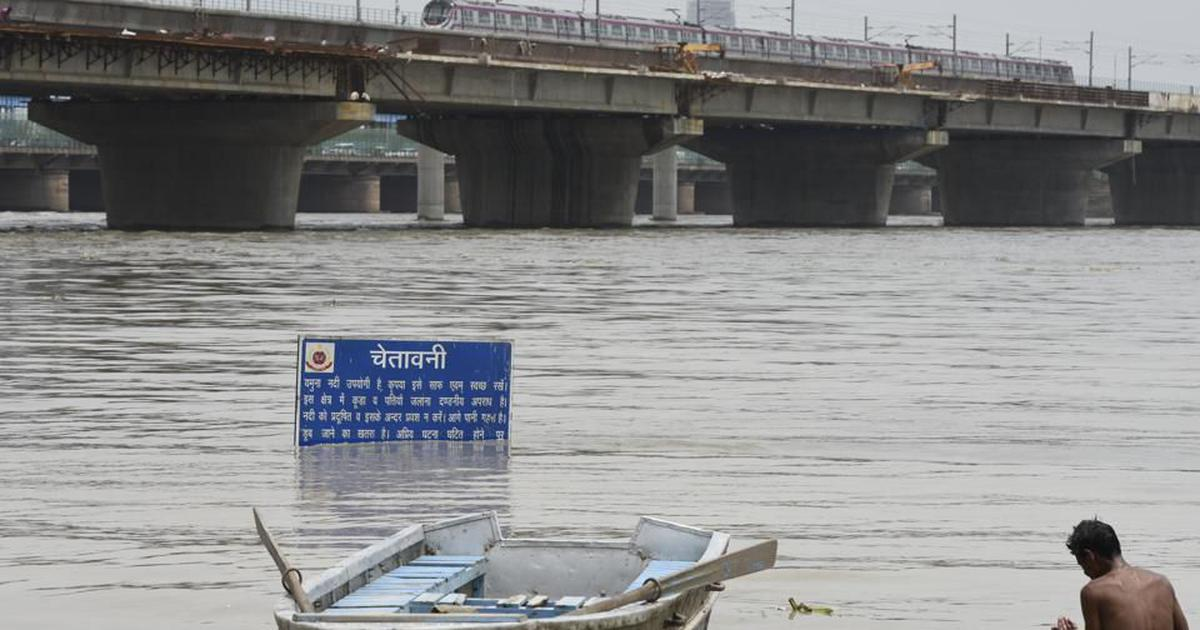 River Yamuna continues to flow above danger level in Delhi