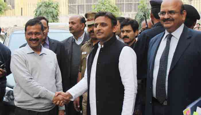Arvind Kejriwal dials Akhilesh to discuss post-results strategy