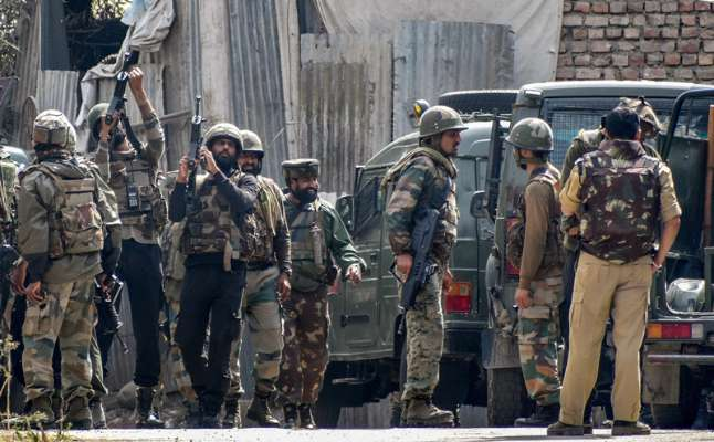 Encounter breaks out between security forces & terrorists in Anantnag, J&K