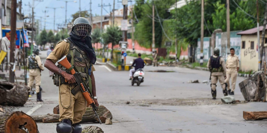 Restrictions eased out in most areas in Srinagar