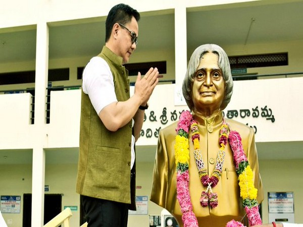 Kiren Rijiju remembers APJ Abdul Kalam on his birth anniversary