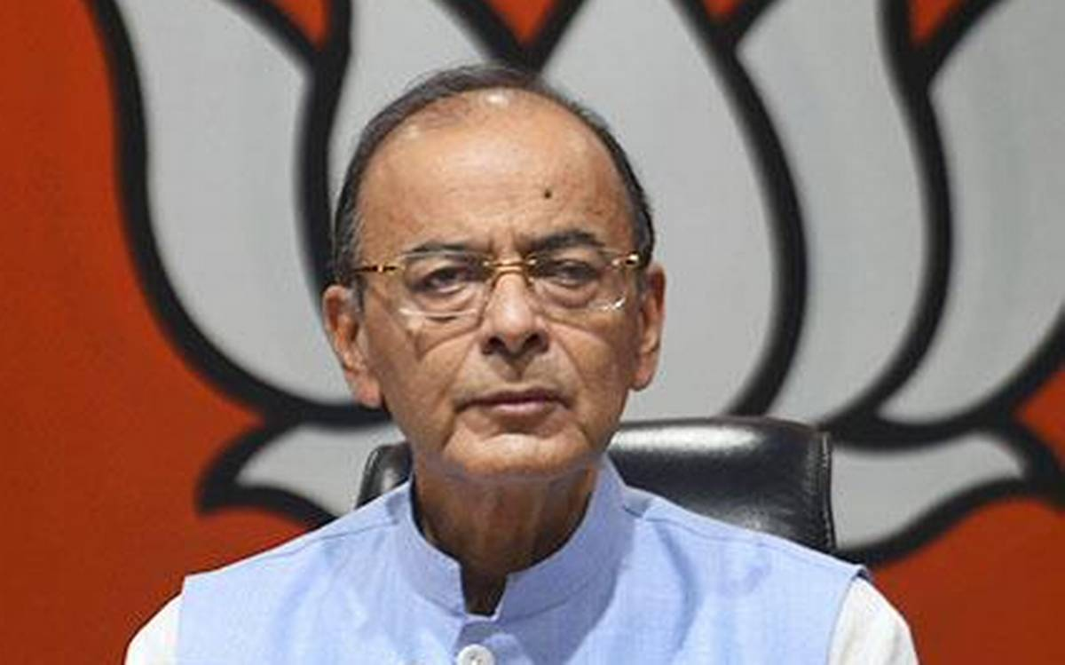 Arun Jaitley continues to be on life support; Advani, Naqvi, among others visit AIIMS