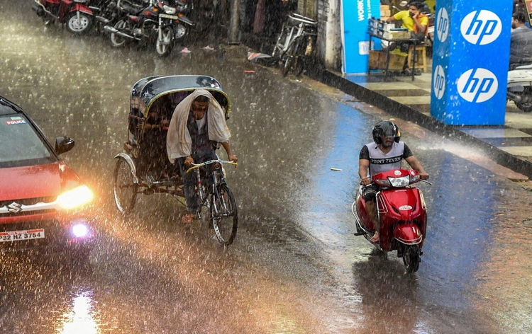 Rivers of northern Bihar in spate due to incessant rain