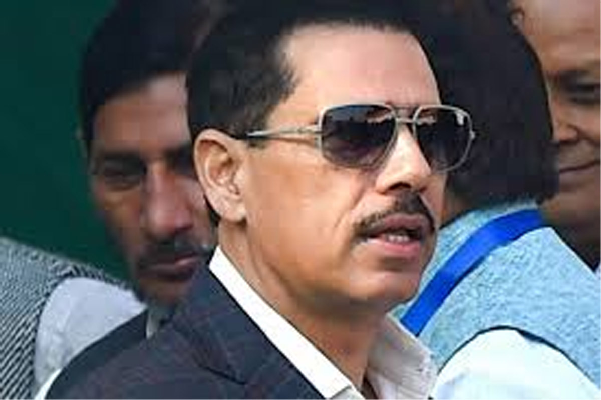 Vadra appears before ED in money laundering case probe