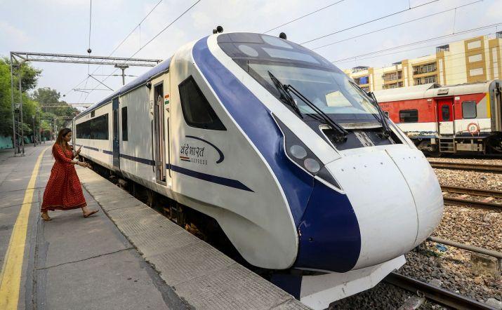 Delhi-Katra Vande Bharat Express commercial run from today