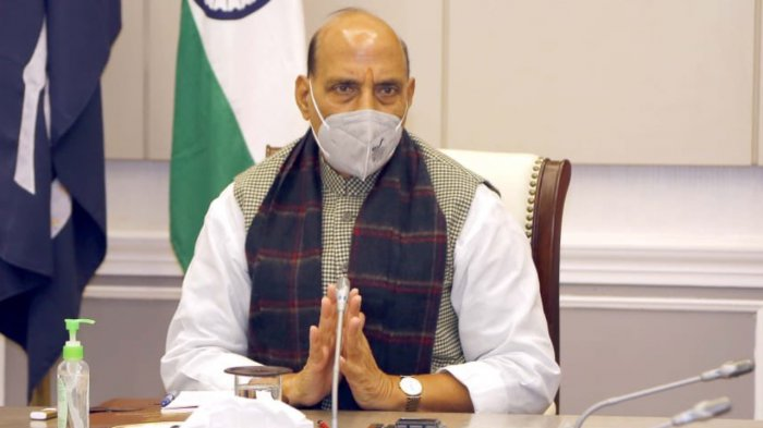 defenceministerrajnathsinghreviewspreparationsforaeroindiashow