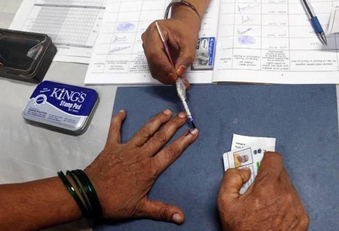 votingbeginsforassemblyelectionsindelhi