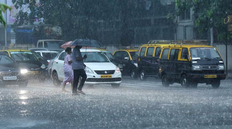 Heavy rainfall warning issued for Mumbai