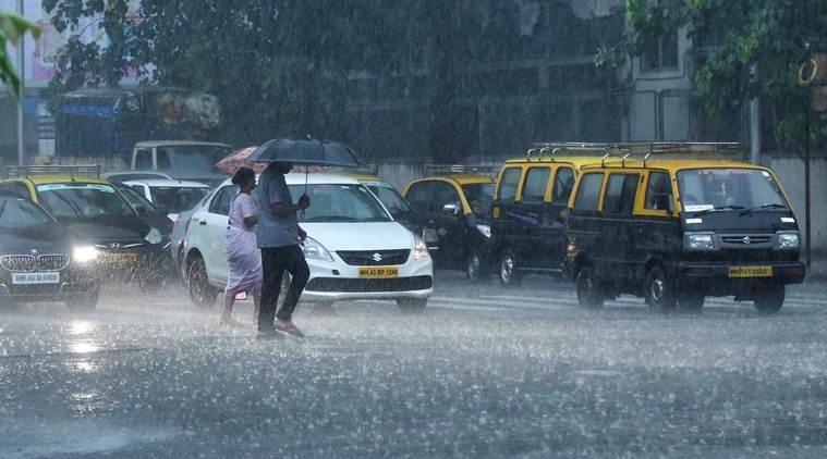 Heavy rainfall warning issued for Mumbai