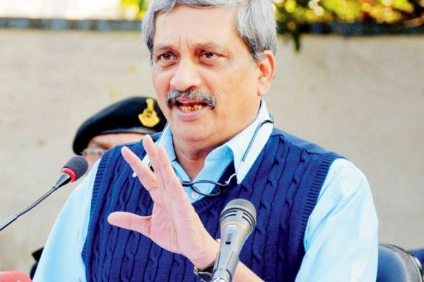 Manohar Parrikar rules out disinvestment in public sector defence undertakings