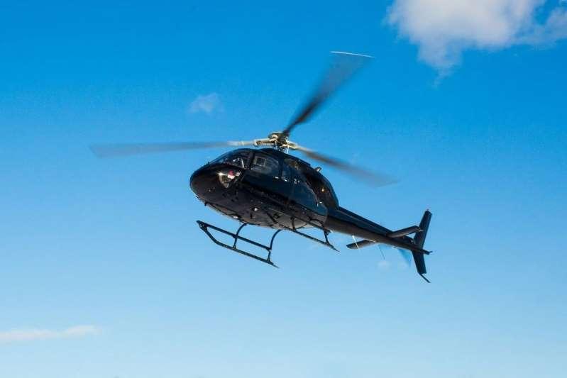 maharashtrafarmerbuyshelicopterworthrs30croretosellmilkplanstobuildahelipadforit
