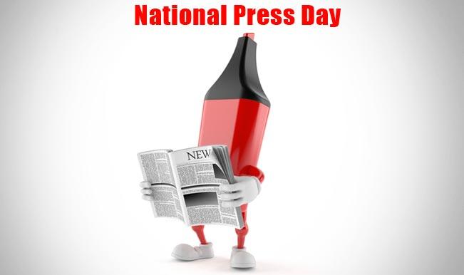 Smriti Irani greets all media persons on National Press Day