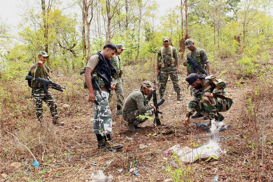 3 Naxals, CRPF jawan killed in Jharkhand encounter