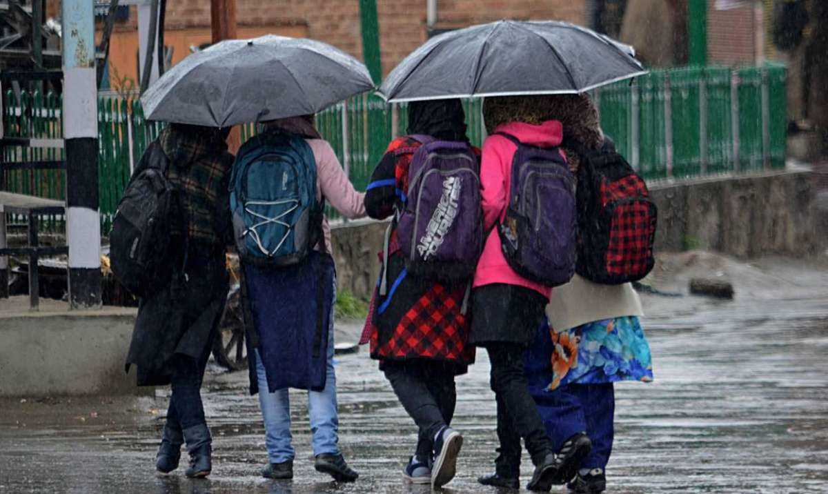 IMD predicts fresh spell of rain, snow in Kashmir