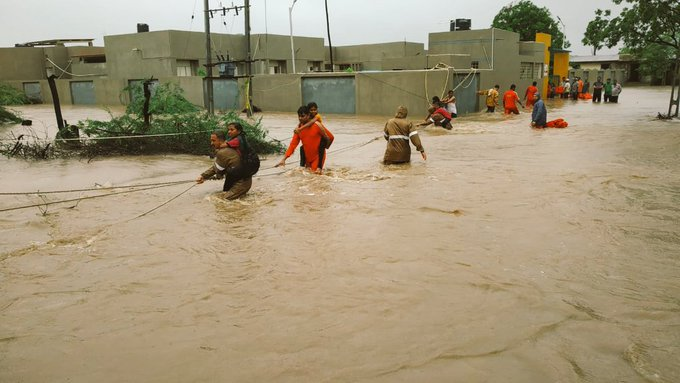 Flood situation in Maharashtra improves