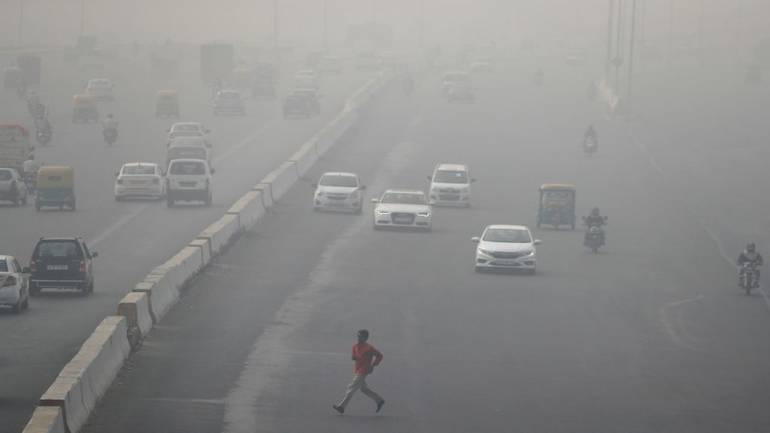 Air pollution level continues to be severe in Delhi