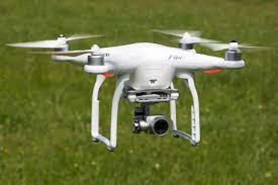 dronespottedinnoflyingzoneoftajmahaltouristsreleasedafterwarning