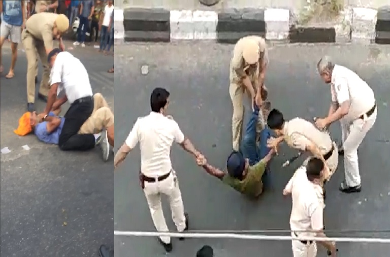 Cops suspended for thrashing tempo driver in Delhi