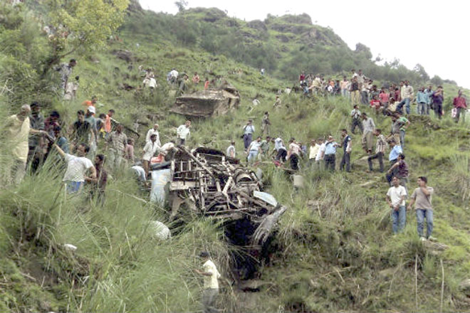6 killed as vehicle falls into gorge in Mizoram