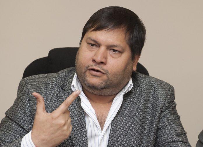 IT officials raid Indian-origin South African businessman Ajay Gupta