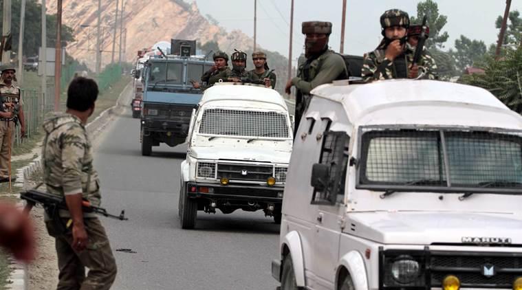Police vehicle attacked on Srinagar-Jammu National Highway