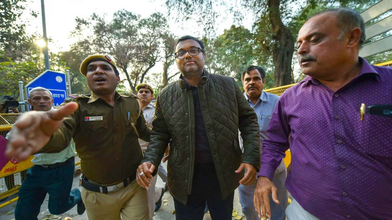 Karti gets interim relief as Delhi HC asks ED not to arrest him till 20 March