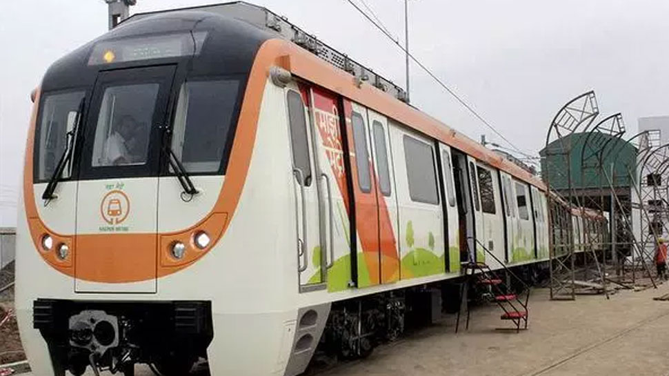 PM Modi flags off the first phase of  Nagpur Metro