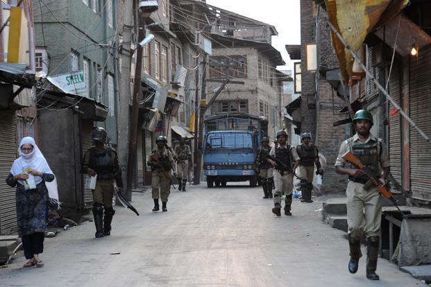 Kashmir remain shut for 70 consecutive days