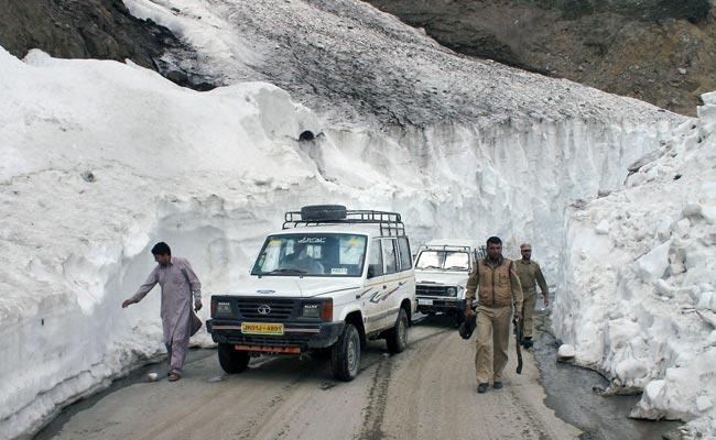 Jammu & Kashmir: Mughal road reopens