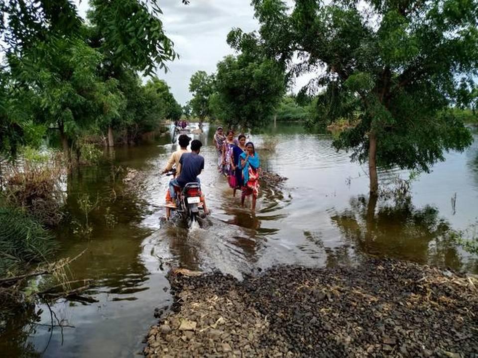 Madhya Pradesh villagers displaced by Sardar Sarovar Dam wait in tin sheds for new life