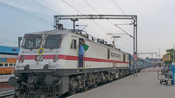indianrailwaysopenbookingfor80additionalspecialtrainswhichtooperatefromsept12