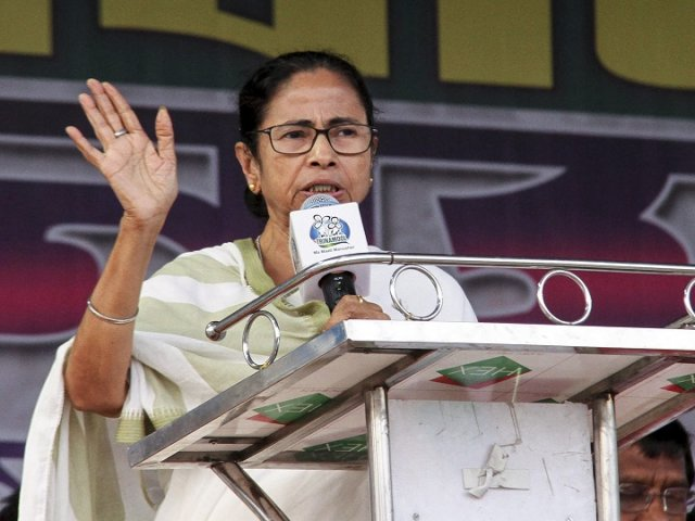 Might send gifts, but won't give single vote: Mamata's reply to PM Modi