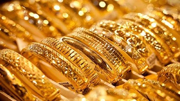 businessmancheatsjewellerofrs482cronpretextofbuyinggolddesigningjewellery:mumbai