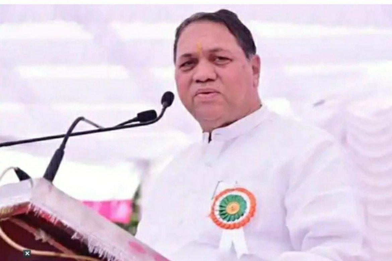effortsarebeingmadetofindoutwhereaboutsofformermumbaipolicecommissionerparambirsingh:maharashtrahomeminister
