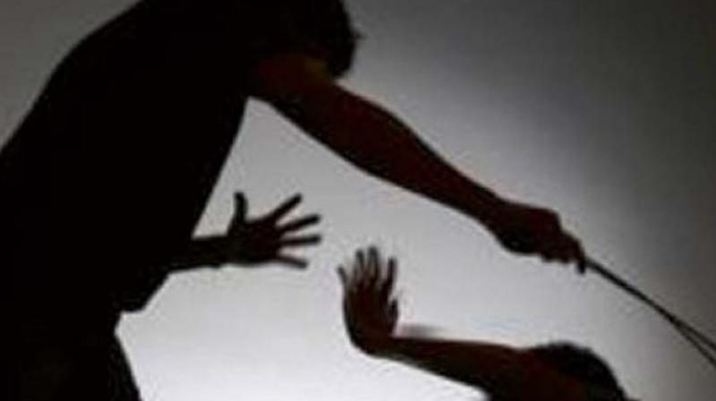 Four labourers beaten up by unidentified youths in UP's Bareilly for allegedly eating meat near place of worship