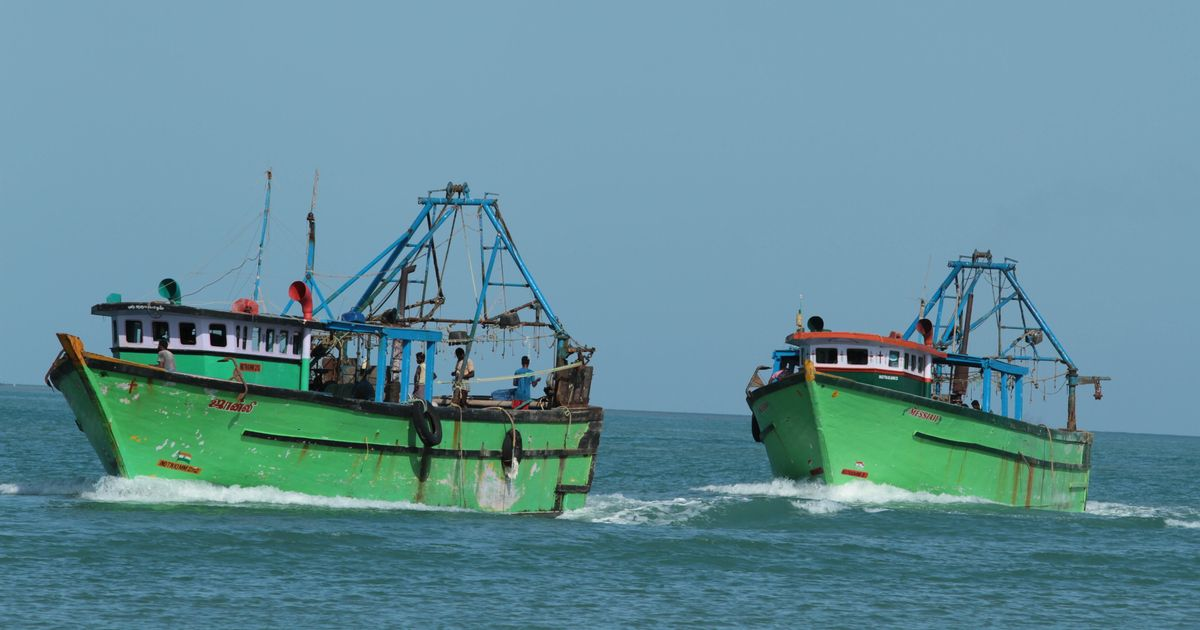 4 Indian fishermen apprehended by Sri Lankan Navy
